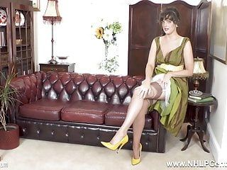 Dark brown natural large melons masturbates in uncommon stockings heels