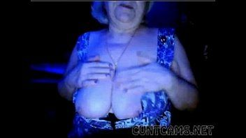 Granny flashes love bubbles on web camera - greater quantity at cuntcams.net
